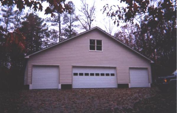 La grande homesteader garage garage builders of raleigh for Garage builders raleigh nc