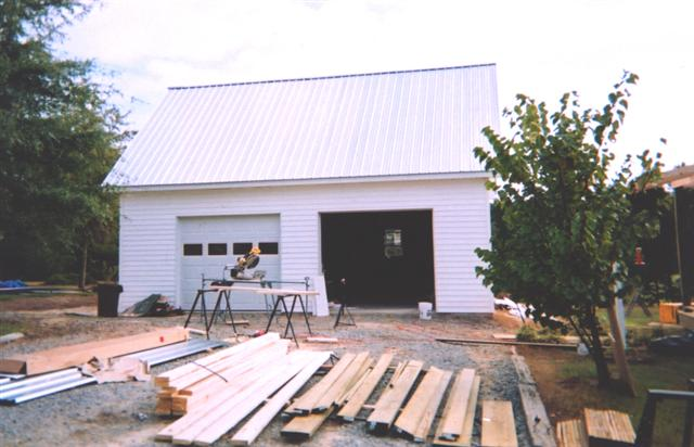 Two car farm country garage builders of raleigh for Garage builders raleigh nc